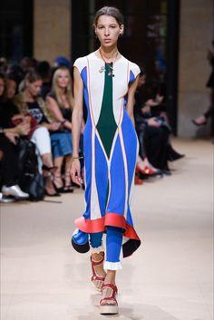 Sfilata Esteban Cortazar Parigi - Collezioni Primavera Estate 2017 - Vogue