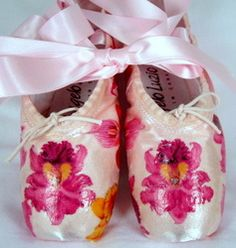 Oooh - exotic! Decoupage orchid pointe shoes - elegant