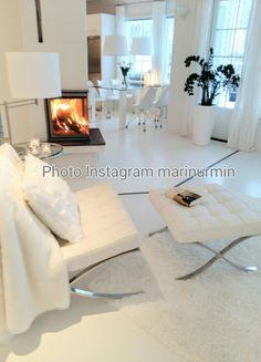 White Decor, Living Room, Instagram Posts, Home, Ad Home, Home Living Room, Drawing Room, Homes, Lounge