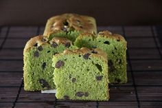Matcha Azuki Pound Cake  Ingredients:  100g or 1 stick butter 100g (3/4 cups) Powdered Sugar (Icing Sugar) 2 Eggs – beaten 90g (2/3 cups) Cake Flour 1/2 tsp Baking Powder 1 Tbsp Matcha/Green Tea powder 30g (1/4 cup) White Chocolate (melted and keep lukewarm) 50g (1/4 cup) Cooked Azuki beans (dust with ½ tsp flour)
