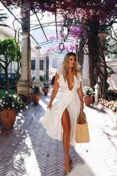 46 Modern Summer Outfits Of Beauty Women Ideas - TILEPENDANT night life night club dj love wedding couture evening outfit cocktail haute couture dresses dressmurah skirt blouse shoes dancing romance music Mode Outfits, Fashion Outfits, Womens Fashion, Trendy Outfits, Dress Fashion, Fashion Ideas, Fashion Quotes, Ladies Fashion, Fasion