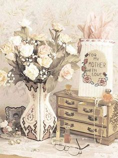 Plastic Canvas - Special Occasions - Valentine's Day - Romantic Vase - #FP00390