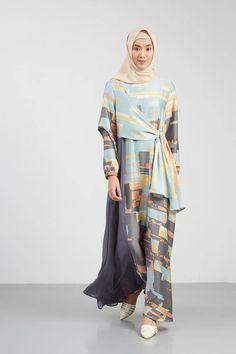 Mallo Dress Blue-Grey Dresses-and-jumpsuit Modern Hijab Fashion, Batik Fashion, Abaya Fashion, Street Hijab Fashion, Modest Fashion, Fashion Outfits, Modest Wear, Modest Dresses, Modest Outfits