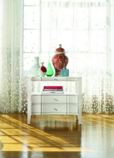 Mélange Quatrefoil bedside table