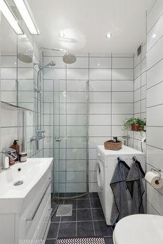 FINN – EN NORDISK BOLIGDRØM PÅ ST.HANSHAUGEN - Åpen og lys 3-roms leilighet - Stort og sosialt spisekjøkken - Koselig balkong mot bakgård - IN ordning på fellesgjeld - V.vann og fyring inkl. i husleien Toilet, Sink, Vanity, Real Estate, Oslo, Bathroom Ideas, Gate, Bathrooms, Design