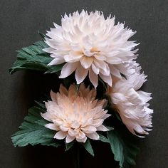 #crepepaperflowers #decoration #buqet #italianpaper Dyi Flowers, How To Make Paper Flowers, Giant Flowers, Cloth Flowers, Origami Flowers, Handmade Flowers, Paper Flower Art, Tissue Paper Flowers, Flower Crafts
