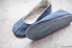 청바지리폼(도안) 덧신만들기,패브릭DIY : 네이버 블로그 Felted Slippers Pattern, Sewing Slippers, Crochet Slipper Pattern, Crochet Slippers, Pdf Sewing Patterns, Sewing Tutorials, Dress Patterns, Shoe Refashion, Minimalist Shoes