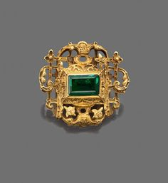 Renaissance Ring from Spanish Galleon wreck. 2 gems and a flower detail are missing. Also, I think, the whole ring was enameled, based on the goldsmithing. an amazing south american emerald.
