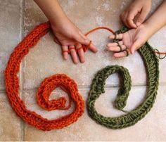 Kids Craft- DIY Finger Knitting