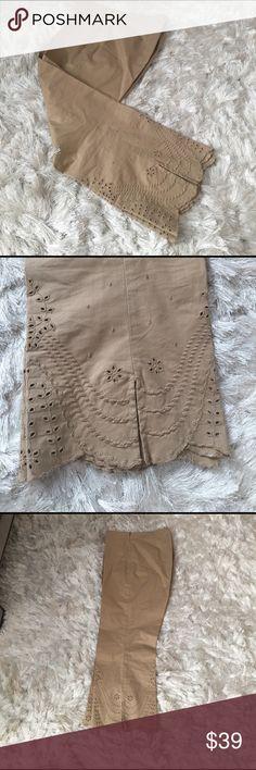Gap Capri Cotton Lycra  spandex Gap Capris with eyelet and scalloped detail on botttom. Side zipper khaki color GAP Pants Capris