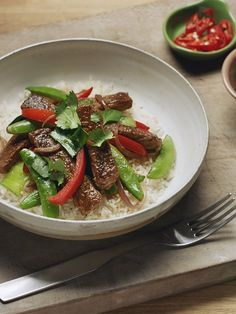 Thai beef curry stir-fry recipe | Australian Beef - Recipes, Cooking Tips and More Thai Beef Curry, Thai Green Curry Paste, Thai Beef Salad, Curry Stir Fry Recipe, Stir Fry Recipes, Beef Recipes, Australian Beef, Fried Beef, Beef Stir Fry