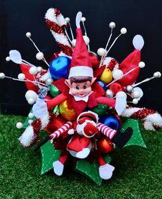 Christmas Elf, Christmas Ornaments, Elf On The Shelf, Bouquet, Holiday Decor, Home Decor, Homemade Home Decor, Christmas Jewelry, Bouquet Of Flowers
