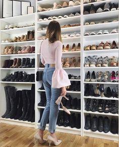 Walk in closet inspiration shoe wall Shoe Room, Shoe Wall, Walk In Closet Design, Closet Designs, Closet Space, Shoe Closet, Shoe Shelves, Master Bedroom Closet, Walk In Wardrobe