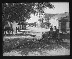 Plaça d'Espanya a Sta. Eulària des Riu, any 1912 - Foto: Jeroni Castelló i Elias