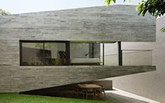 IT Residence by Andramatin is a one-story house serving the function as a weekend villa. The house is located in a suburban area in Bogor, . Concrete Materials, Natural Materials, Amazing Architecture, Contemporary Architecture, Image Mario, Board Formed Concrete, One Story Homes, Story House, Villa