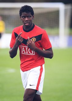 Video: pogba's united youth highlights - official manchester united website football icon, world football Football Icon, World Football, Football Players, Football Stuff, Paul Pogba Manchester United, Manchester United Players, Manchester Fc, Cristiano Ronaldo Manchester, Official Manchester United Website