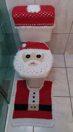 Pin on Bad xmas crafts Crochet Santa, Christmas Crochet Patterns, Crochet Doily Patterns, Holiday Crochet, Crochet Baby Hats, Crochet Home, Crochet Doilies, Crochet Flowers, Crochet Stitches