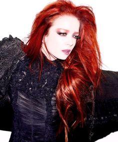 shirley manson's red hair
