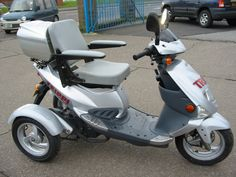 Electric Trike, Electric Cars, Mobiles, Trike Scooter, 3rd Wheel, Mini Bike, Go Kart, Motor Car, Cars And Motorcycles