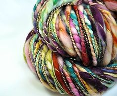 Love the texture on this wrapped thick n thin yarn.