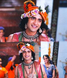 Just look at him, i'am pretty sure you won't regret to smile after glaring the most beautiful and pleasant sight of 😍♥ You… Cute Krishna, Krishna Art, Radhe Krishna, Radha Krishna Pictures, Perfectly Imperfect, Regrets, Cool Photos, Most Beautiful, Smile