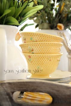 Bee bowls from WIlliams Sonoma