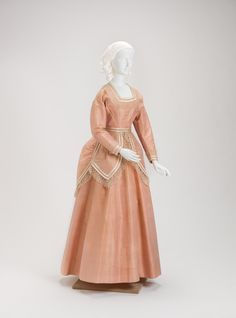 whenasinsilks:  Dress, silk taffeta and lace, 1871, American.