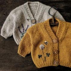 Knitting Terms, Baby Knitting Patterns, Baby Cardigan Knitting Pattern, Knitted Baby Cardigan, Swatch, Little Girl Closet, Baby Pullover, Stockinette, Baby Sweaters