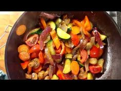 Wok, Fruit Salad, Stuffed Peppers, Meat, Chicken, Vegetables, Youtube, Recipes, Fruit Salads