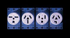 """O fotógrafo suiço Francois Robert retratou na série """"Faces"""" a nossa surpreendente capacidade cerebral de formar rostos em objetos comuns. Reconhecendo olhos, bocas e narizes em detalhes de ferramentas, tomadas ou até casas, a nossa imaginação atribui uma personalidade humana a estes objetos.    Leia mais: http://obviousmag.org/archives/2012/11/francois_robert_objetos_de_rosto_humano.html#ixzz2CmhPP7PI"""
