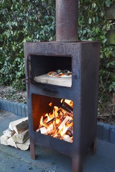Outdooroven – oven, fireplace and barbeque-grill in one – Pizza Build A Pizza Oven, Diy Pizza Oven, Pizza Oven Outdoor, Outdoor Cooking, Pizza Ovens, Outdoor Kitchens, Outdoor Rooms, Outdoor Living, Wood Fired Oven