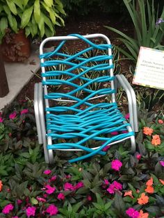 Dead garden hose? Well, now you can recycled it into a chair! I see patio furniture coming our way at Insanitek.