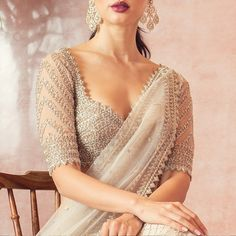 bridal blouse designs Brautbluse Designs Why are Our Clothes Made to Standard Sizes? Saree Jacket Designs, Saree Blouse Neck Designs, Fancy Blouse Designs, Bridal Blouse Designs, Indian Blouse Designs, Sari Design, Sari Blouse, Chiffon Saree, Indian Beauty Saree