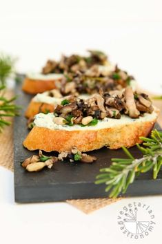 "Mushroom Crostini with Garlic Basil Vegan Ricotta ""Cheese"" Spread Mushroom Crostini Garlic Basil Cheese The post Mushroom Crostini with Garlic Basil Vegan Ricotta ""Cheese"" Spread appeared first on Gastronomy and Culinary. Bite Size Appetizers, Vegan Appetizers, Appetizer Recipes, Party Recipes, Dinner Recipes, Party Appetizers, Vegan Foods, Vegan Snacks, Vegan Dishes"