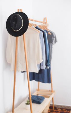 Wood clothes rack / by ChairYourLife