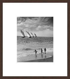 Anonym Xv, Three boys running along beach, n.a. / 2013 © www.lumas.com/ #Lumas