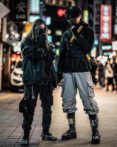 """Gefällt 636 Mal, 18 Kommentare - TECHWEAR   PRJCT/AELITY (@techwear_elite) auf Instagram: """"Are you afraid of wearing tech in public? 🏴 @techwear_elite 🖤 - - Model @jyubbin_ With @ikjunhub"""" Moda Cyberpunk, Cyberpunk Fashion, Cyberpunk Clothes, Harajuku Mode, Harajuku Fashion, Streetwear Mode, Streetwear Fashion, Edgy Outfits, Cool Outfits"""