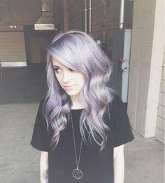 Pale skin&silver hair. Beautiful.