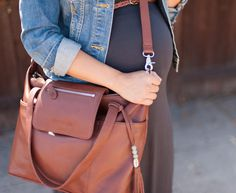 Putting Me Together: The Diaper Bag I'd Wear Anywhere & GIVEAWAY! _ want this diaper bag soooooo bad!!!