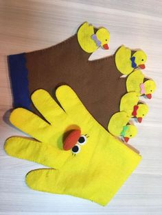 Hand Puppets, Finger Puppets, Flannel Boards, Book Quilt, Early Childhood Education, Felt Toys, Hot Pads, Simple Art, Diy For Kids