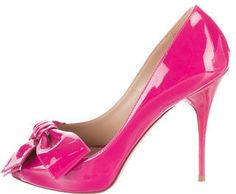 Valentino Patent Leather Bow Pumps Leather Bow, Patent Leather, Stiletto Heels, Valentino, Christian Louboutin, Pumps, Stylish, Shoes, Fashion