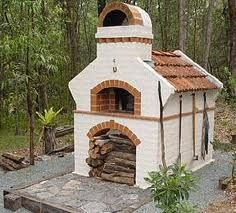 Great rustic style backyard brick pizza oven. You can use the Chicago Brick Oven Kit to make this at home