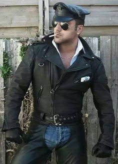 Men's Leather Jackets: How To Choose The One For You. A leather coat is a must for each guy's closet and is likewise an excellent method to express his individual design. Leather jackets never head out of styl Leather Fashion, Leather Men, Black Leather, Leather Jacket, Mens Fashion, Biker Leather, Suit Shirts, Man Smoking, Rocker