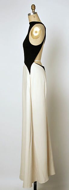 Dress Designer: Geoffrey Beene (American, Haynesville, Louisiana 1927–2004 New York) Date: spring/summer 1992 Culture: American Medium: silk, wool Dimensions: Length at CB: 42 1/4 in. (107.3 cm) Credit Line: Gift of Geoffrey Beene, 2001