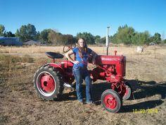 #jonnitillman #tractorpulls #offroadvixens #girlsgetdirtytoo! #sponsored www.offroadvixens.com