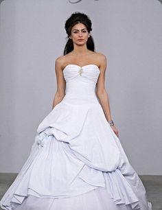 Seersucker wedding gown by Michelle Roth for Kleinfelds #dress #strapless #seer_sucker
