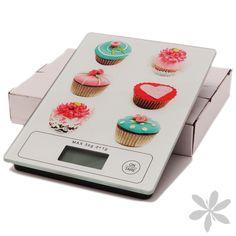 """CUPCAKE #Báscula digital imprescindible en cualquier #cocina, máxima precisión, original diseño """"Cupcake"""", pantalla LCD y con capacidad máxima de 5 kg, especial para controlar el peso de los ingredientes de tus recetas. (Pila incluida). 19,30 €"""