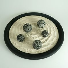 "Tabletop Modern Zen Garden: Circles Package, 15"" Circular Wooden Tray, 24oz Sand & 5 Cement Spheres"