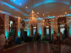 2016.06 First Annual Carolina Beach Party - Charlotte City Club - Queen Charlotte Ballroom Member Social Event Lighting: Wink Lighting