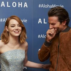 Pin for Later: Emma Stone and Bradley Cooper Can't Stop Giggling on the Aloha Red Carpet
